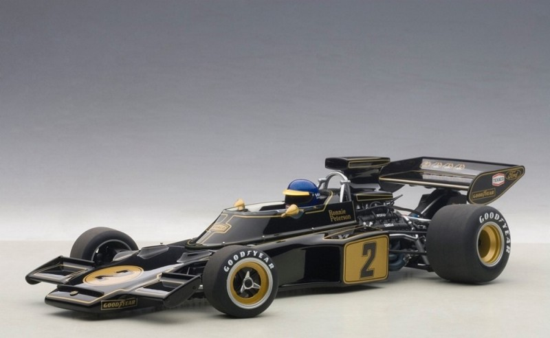 Lotus 72E #2 Peterson 1973 (with driver figurine fitted) (composite model/no openings) - Image 1
