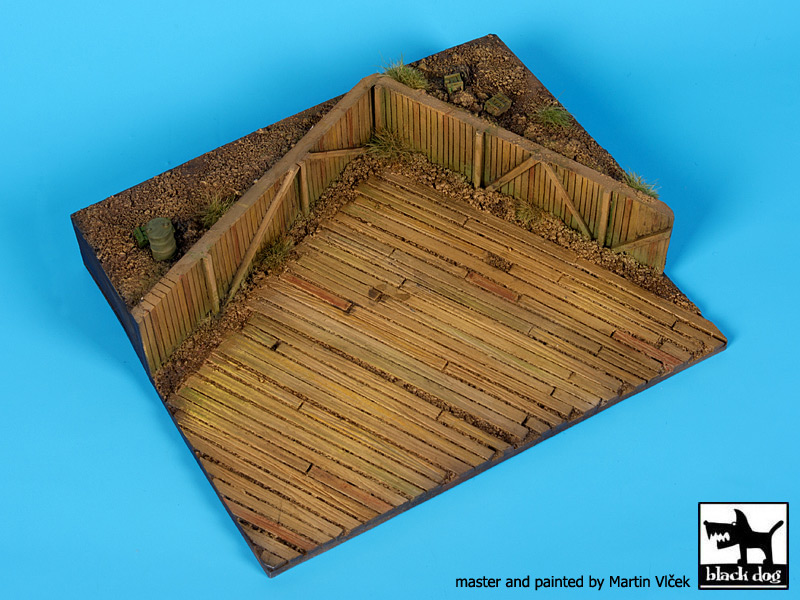 Airfield WWII base (165x140 mm) - Image 1